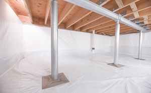 Crawl space structural support jacks installed in Centralia